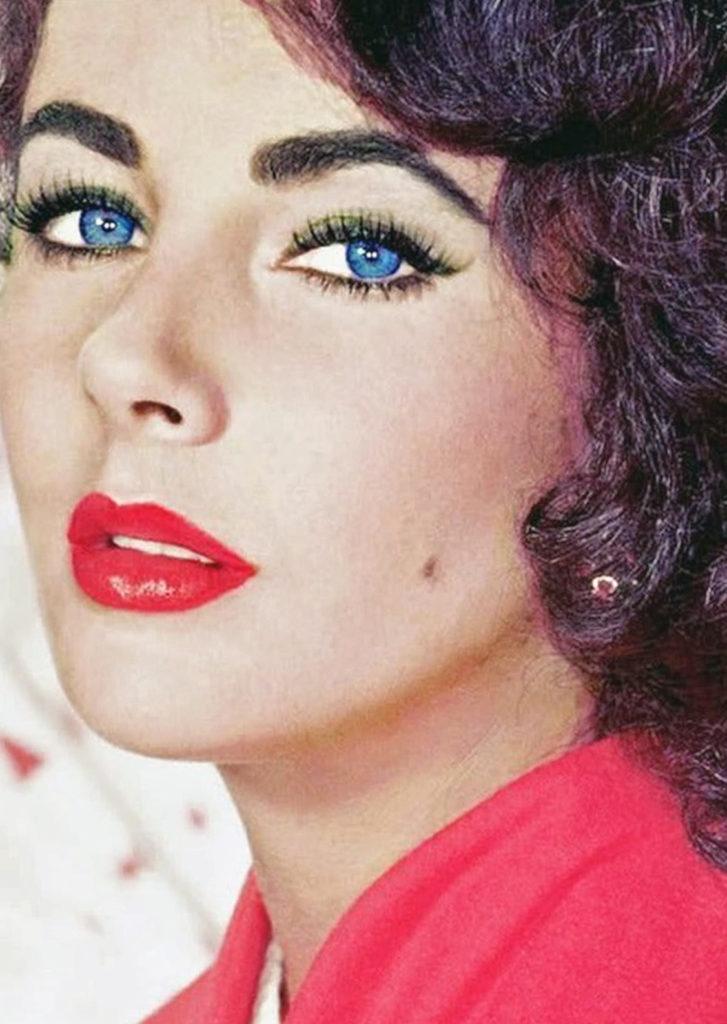 Редкая мутация Элизабет Тейлор подарила ей невероятную красоту
