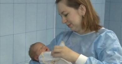 здоровый малыш при внематочной беременности
